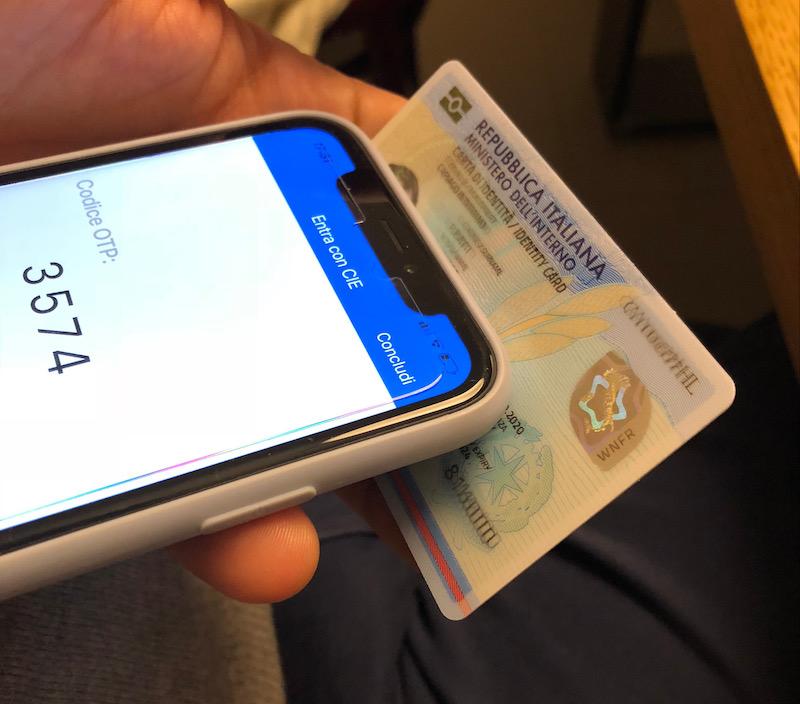 App CIE ID come inquadrare la carta con il telefono